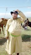Б.Баасанбазар: Хүүхэд үлгэр сонссоор байгаад унтчихдаг шиг морь яриулсаар байгаад орчихсон хүн дээ